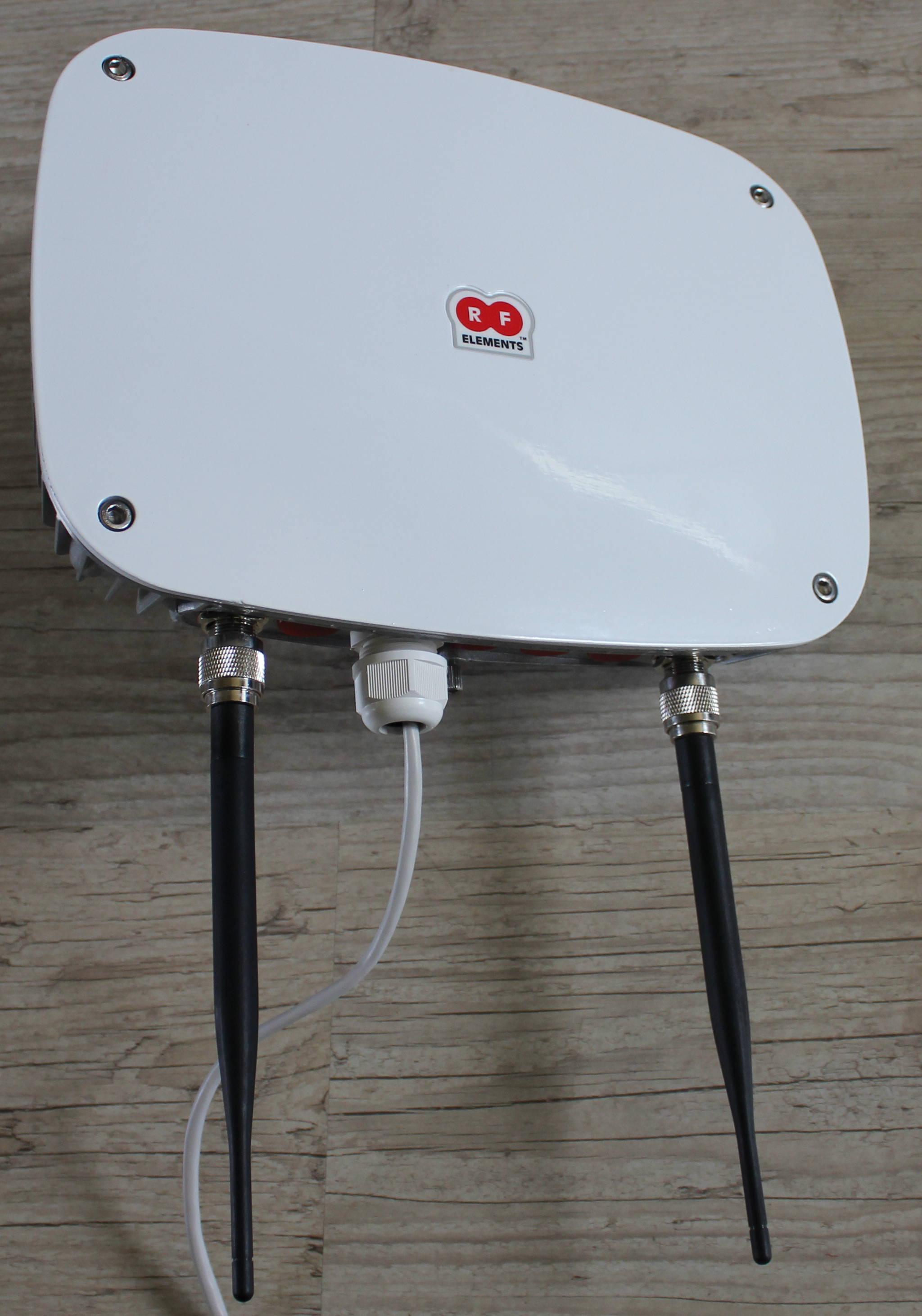 Blog wifi 3g 4g hotspots un wifipak ext rieur for Borne wifi exterieur